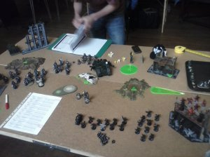 Chaos Lord Clay Morrow charges into the ravening, Azraels retinue takes a kicking and my last biker tries to flee. Sorceror Hunsa, having been wounded by Ravening fire proceeds to fail his first psychic test, suffering a second wound and being sucked into the warp.