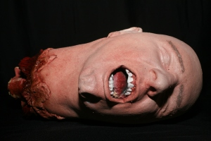 severed_head_82big
